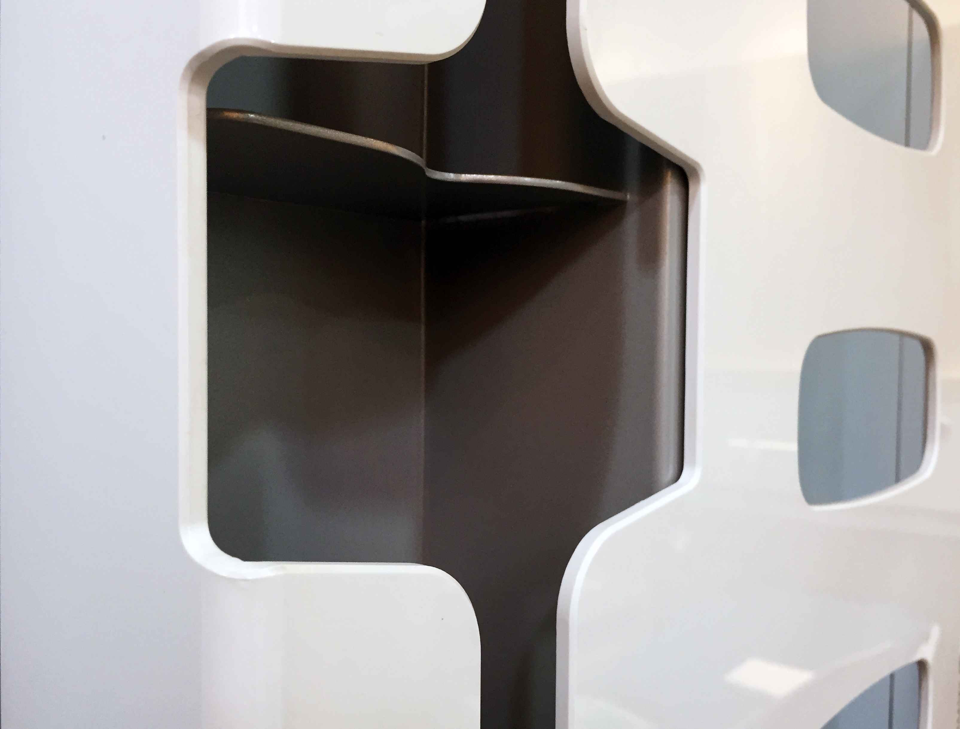 Wall Dispenser WD-04