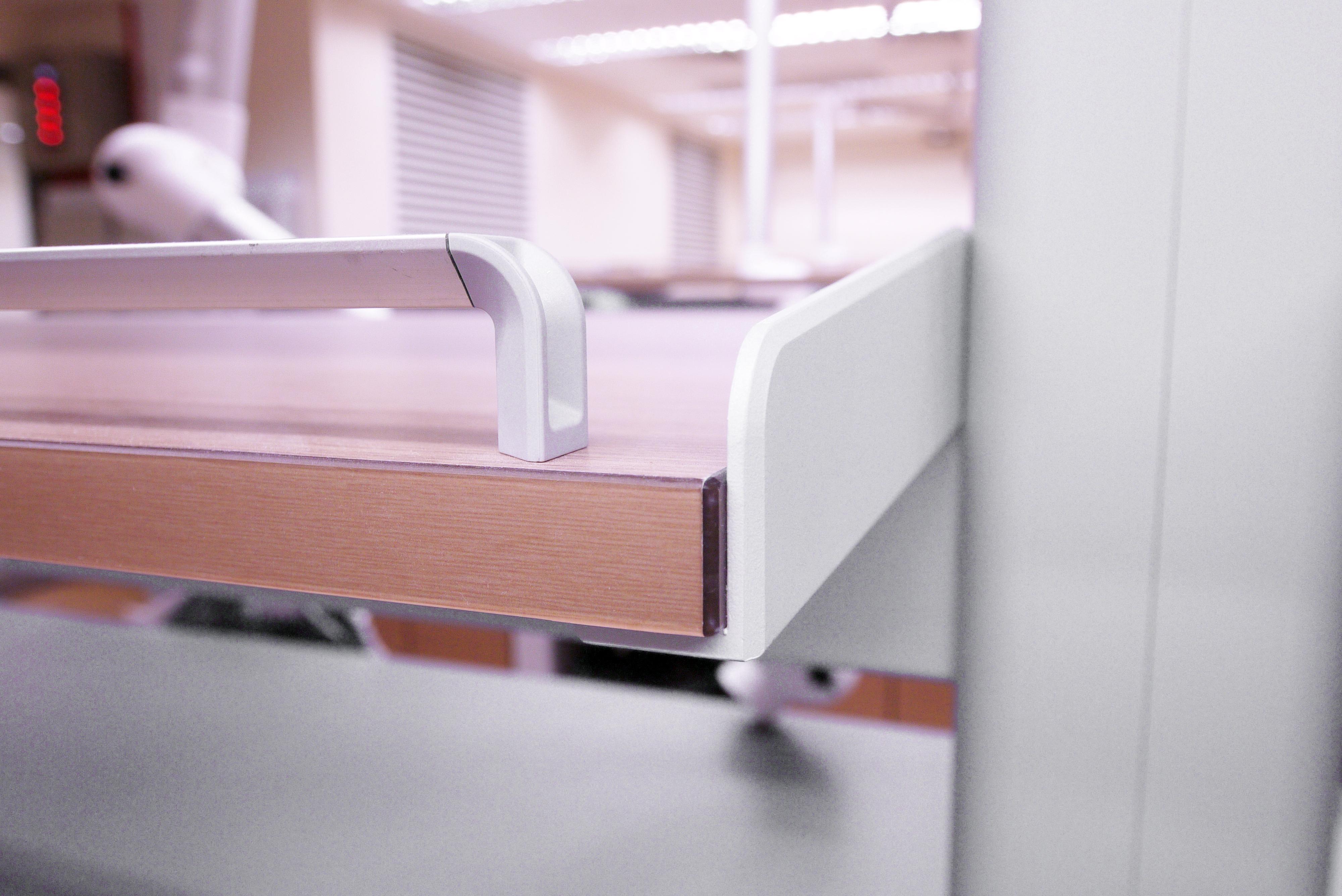 FX Series Lab Bench 1