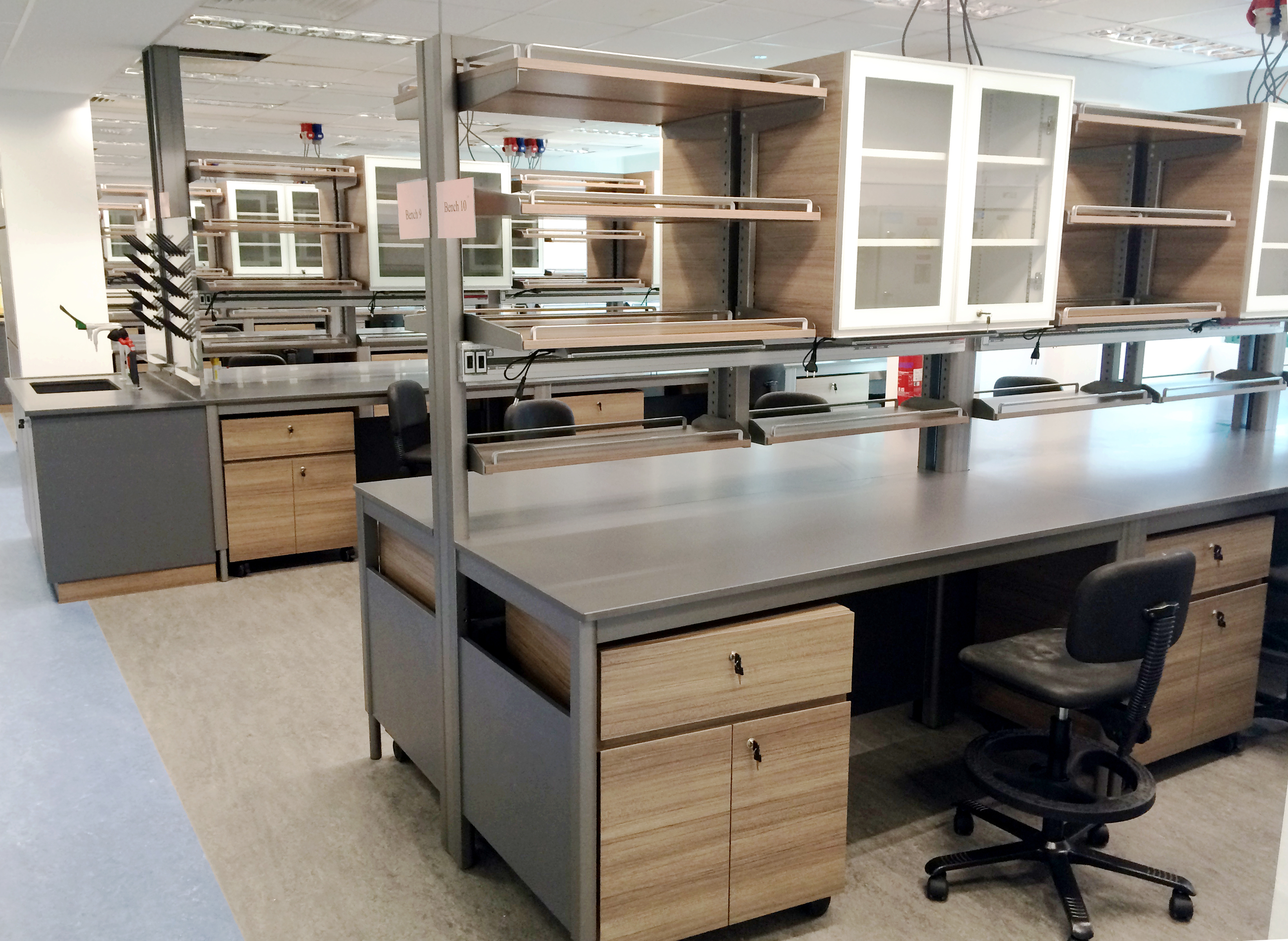 Hybrid Lab Bench 1