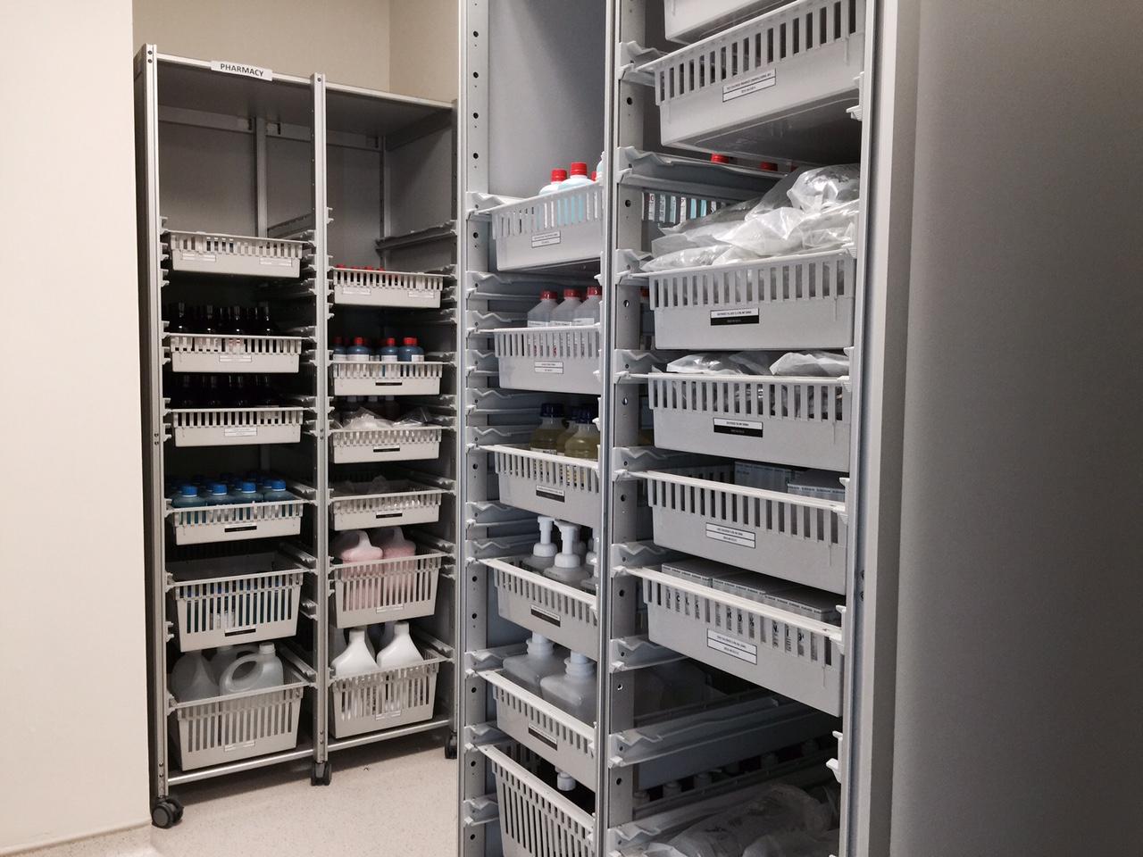4) ISO Modular Shelving MS-01